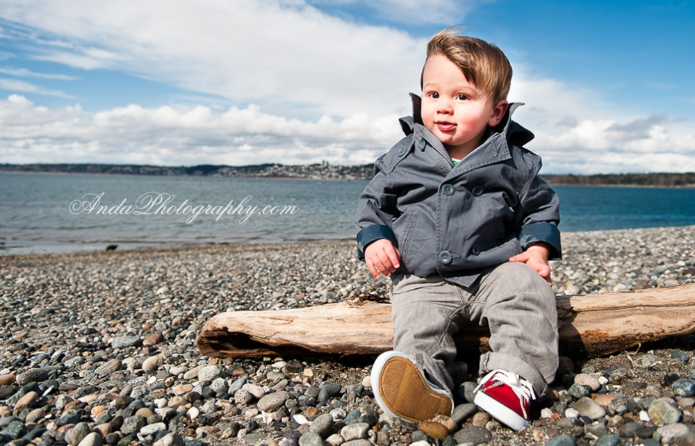 Anda Photography, artistic photography, bellingham family photography, bellingham infant photography, casual photography style, chic, creative family photography, creative photography, emotional photography, home family photography, lifestyle family photography, on location photography, photojournalistic photography, unique family photography, unique photography, vibrant colors, vibrant images, outdoor family photos, semiahmoo beach family photos, windy washington beach family photos, Kate, Jordan, Cole, Rose