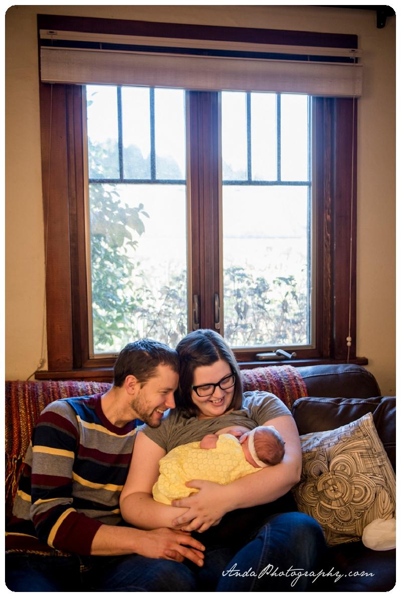 Bellingham Lifestyle Newborn Photography Maggie Magnolia Claire Buehrer_0011