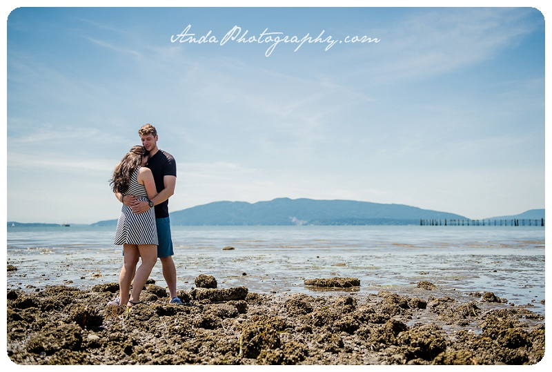 Bellingham Zuanich Park Engagement Photos Ana Casey_0000