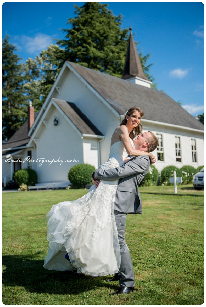 Bellingham Snohomish Wedding Photography Chapel on Swan's Trail Kyle Melissa_0034