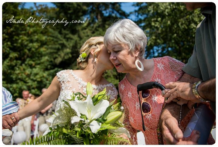 Bellingham Wedding Photography Sudden Valley Dance Barn Wedding Jon Brignet Congo Congster_0032
