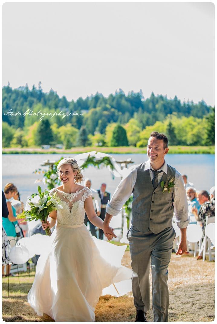 Bellingham Wedding Photography Sudden Valley Dance Barn Wedding Jon Brignet Congo Congster_0044