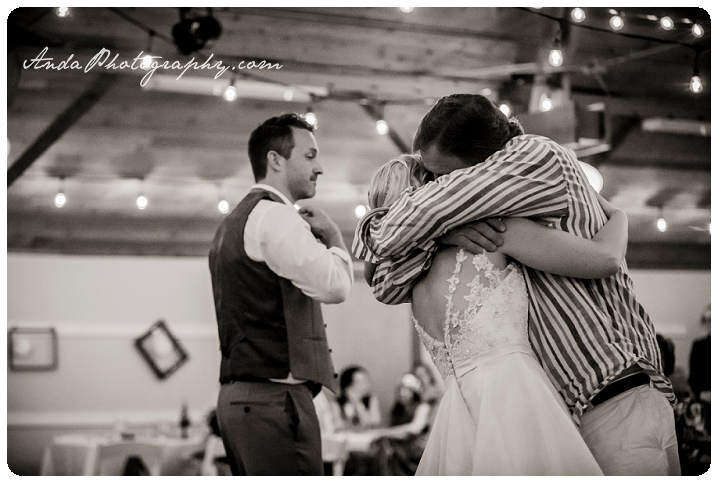 Bellingham Wedding Photography Sudden Valley Dance Barn Wedding Jon Brignet Congo Congster_0077