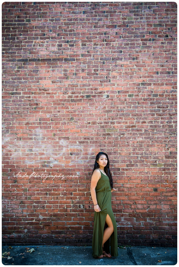 Bellingham Senior Portrait Photography Downtown Urban Chic Senior Photos Mika_0008b