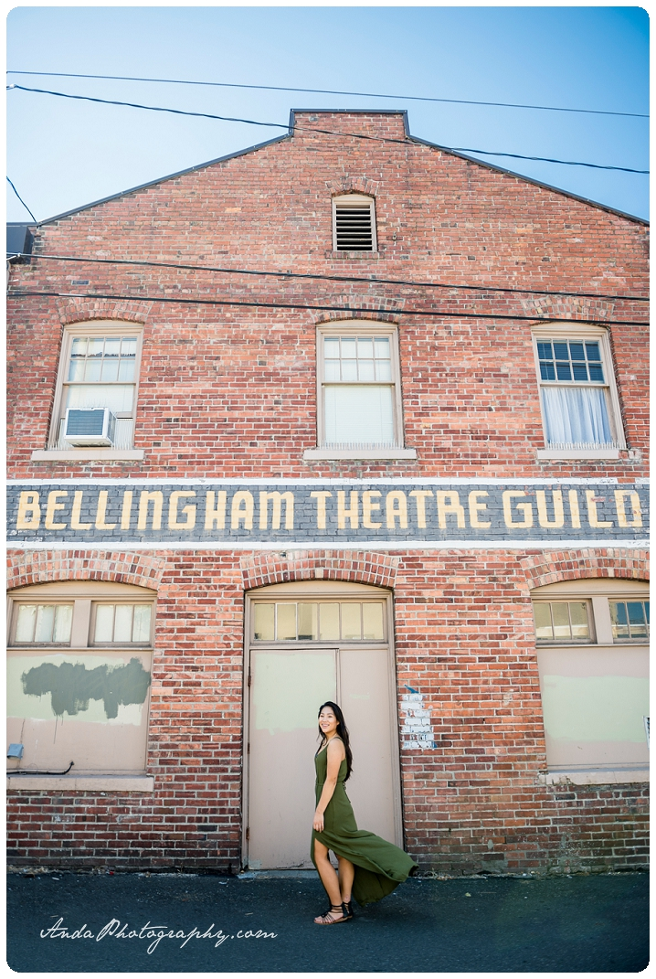 Bellingham Senior Portrait Photography Downtown Urban Chic Senior Photos Mika_0013