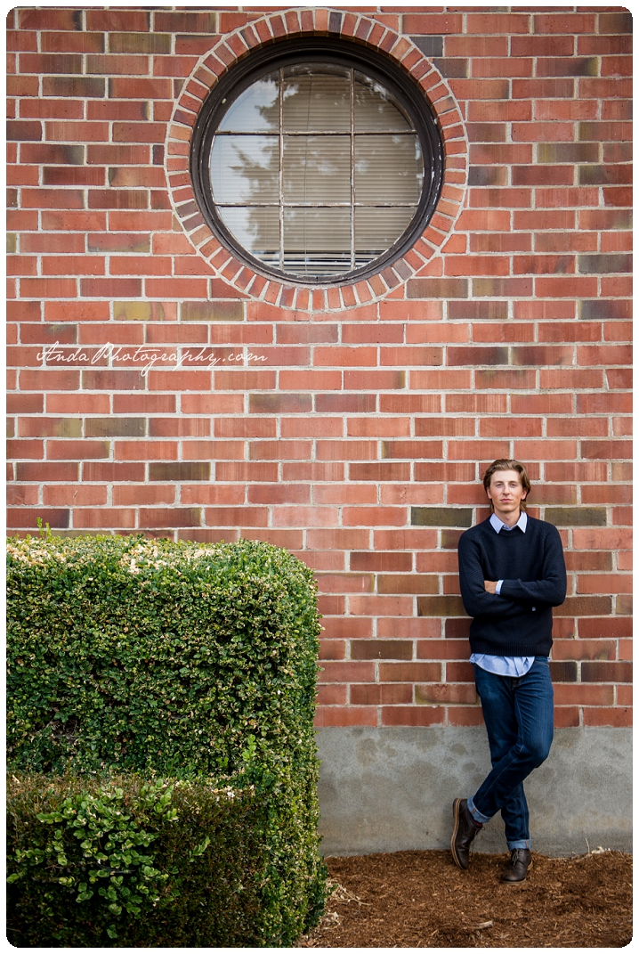 Bellingham Senior Portrait Photography Urban Downtown Guy Senior Photos Ferndale Mason_0005