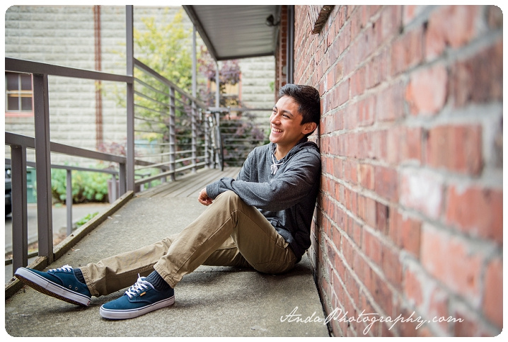 Bellingham Senior Portrait Photography Urban Downtown Guy Senior Photos Julio_0004