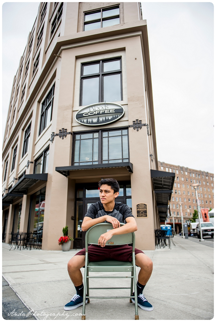 Bellingham Senior Portrait Photography Urban Downtown Guy Senior Photos Julio_0008