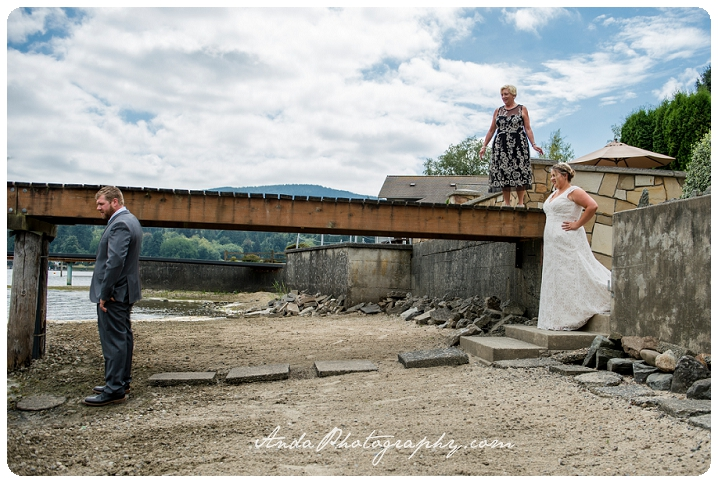 Bellingham Wedding Photography Backyard Wedding Lifestyle Photography Unrein Bison_0017