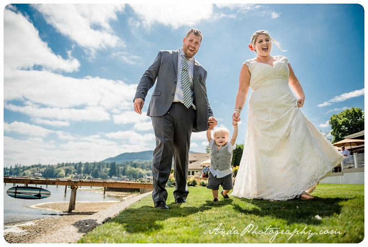 Bellingham Wedding Photography Backyard Wedding Lifestyle Photography Unrein Bison_0020