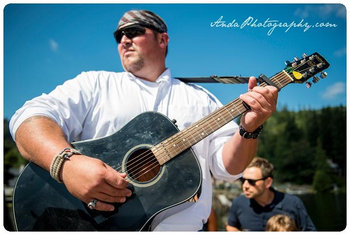 Bellingham Wedding Photography Backyard Wedding Lifestyle Photography Unrein Bison_0027