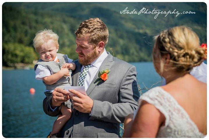 Bellingham Wedding Photography Backyard Wedding Lifestyle Photography Unrein Bison_0034