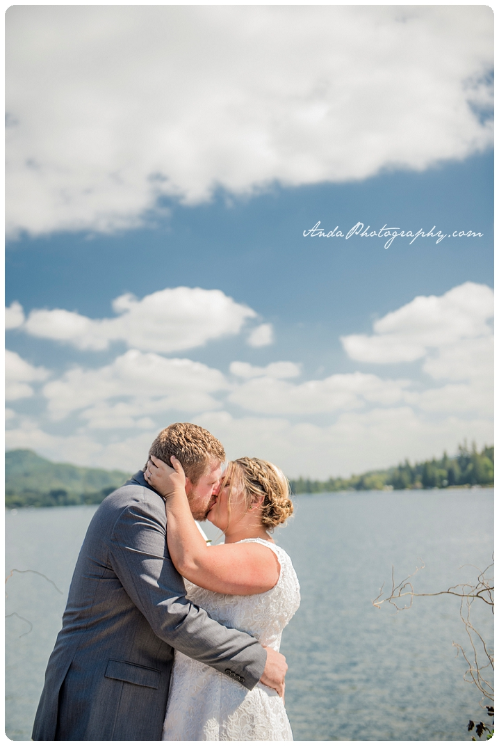 Bellingham Wedding Photography Backyard Wedding Lifestyle Photography Unrein Bison_0043