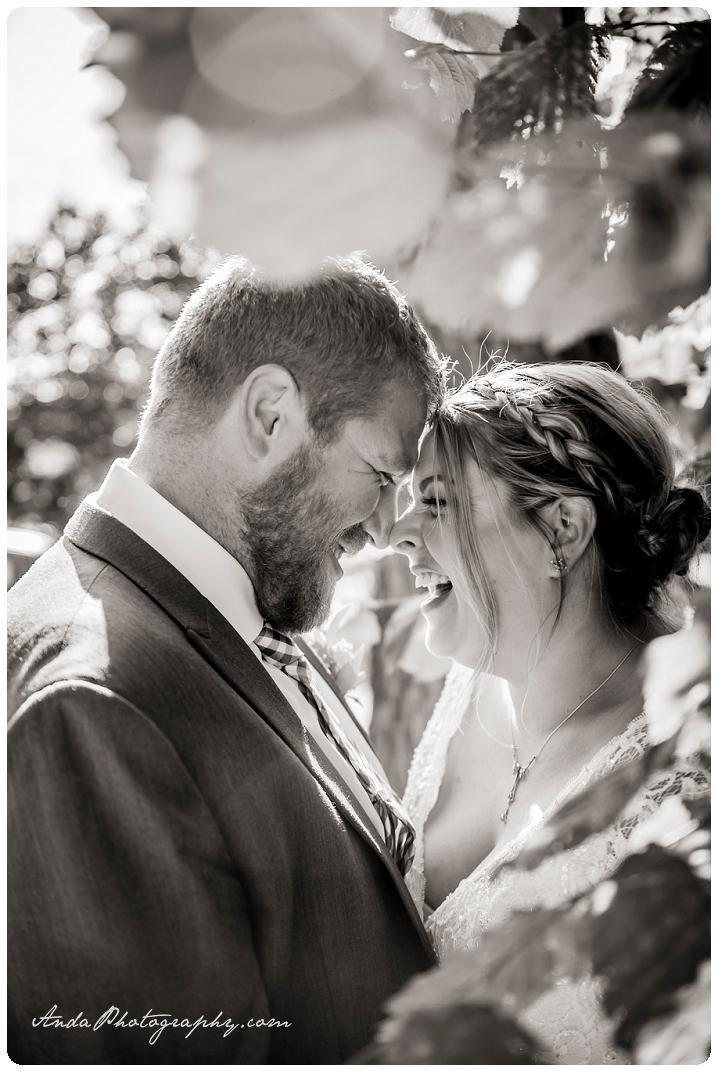 Bellingham Wedding Photography Backyard Wedding Lifestyle Photography Unrein Bison_0057