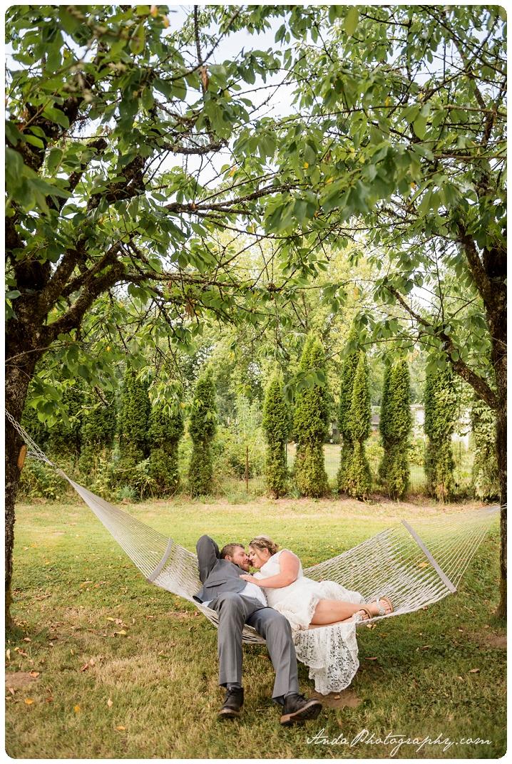 Bellingham Wedding Photography Backyard Wedding Lifestyle Photography Unrein Bison_0058