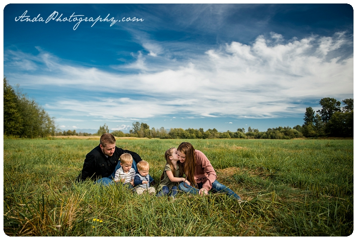 bellingham-family-portrait-photography-ferndale-hovander-park-family-photos-pullman_0001