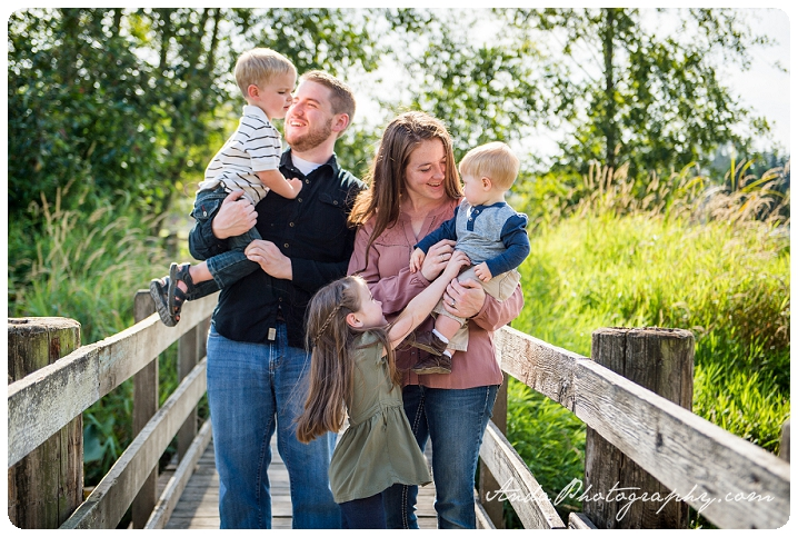 bellingham-family-portrait-photography-ferndale-hovander-park-family-photos-pullman_0014