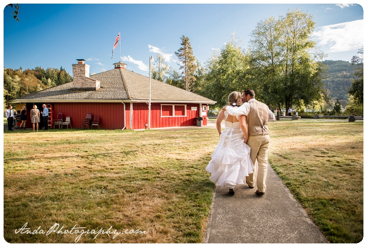 bellingham-wedding-photography-norway-park-wedding_0051