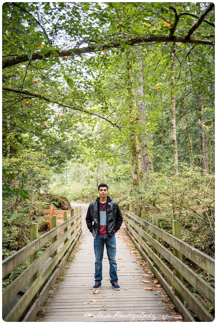 whatcom-falls-senior-photos-bellingham-senior-photography-sunny-anda-photography_0001