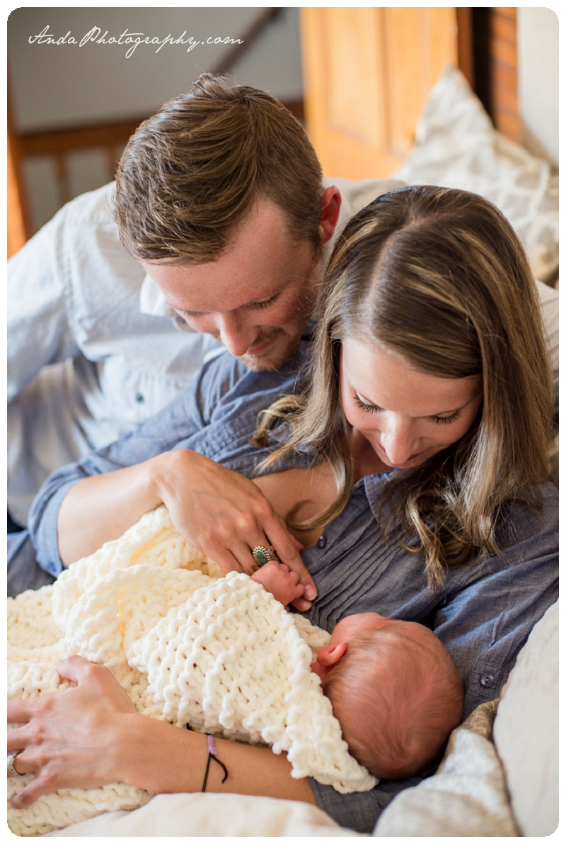Bellingham Family Photos Newborn Photos Home Family Photography Lifestyle Newborn Photography_0017