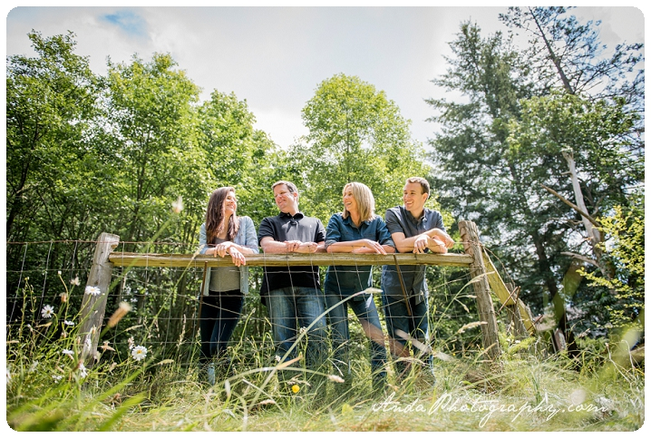 Bellingham family photographer Woodstock Farms family photos outdoor rural photos Wilkens_0005