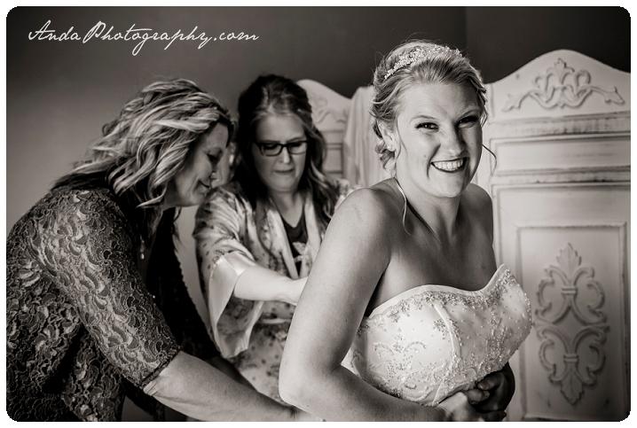 Bellingham wedding photographer Seattle wedding photographer Axton Events wedding photos photojournalistic wedding photography_0005