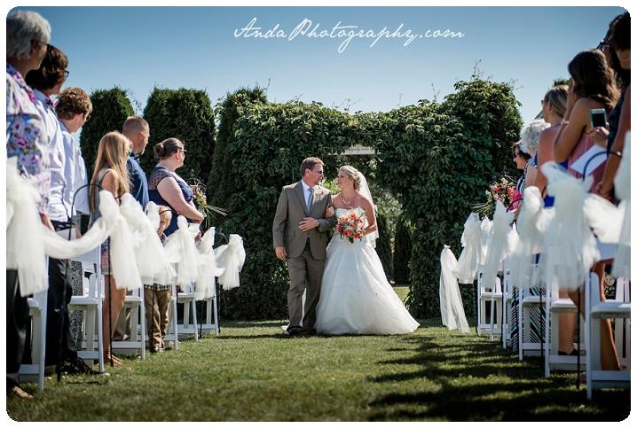 Bellingham wedding photographer Seattle wedding photographer Axton Events wedding photos photojournalistic wedding photography_0039