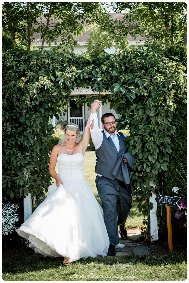 Bellingham wedding photographer Seattle wedding photographer Axton Events wedding photos photojournalistic wedding photography_0059