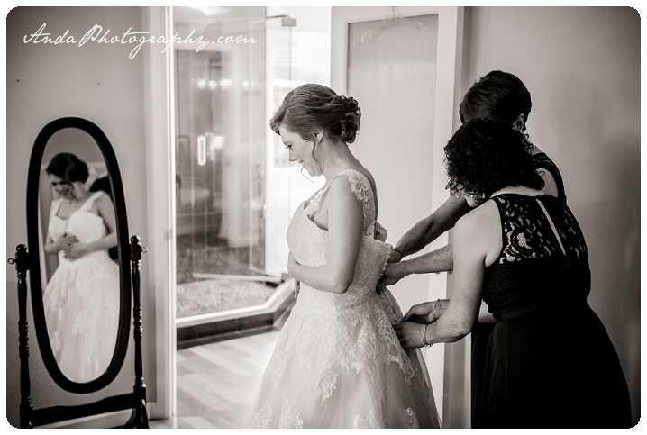 Bellingham wedding photographer Seattle wedding photographer Trinity Tree Fam wedding lifestyle wedding photography photojournalistic wedding photography_0005