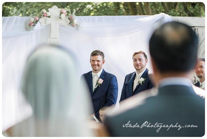 Bellingham wedding photographer Skagit wedding photographer Seattle wedding photographer Maplehurst Farm wedding lifestyle wedding photography photojournalistic wedding photography_0054