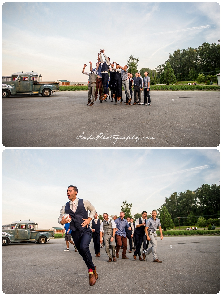 Bellingham wedding photographer Skagit wedding photographer Seattle wedding photographer Maplehurst Farm wedding lifestyle wedding photography photojournalistic wedding photography_0097