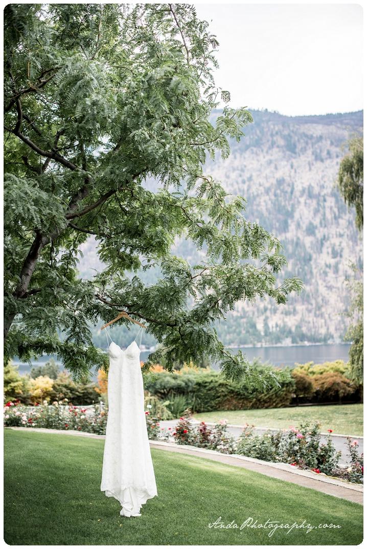 Bellingham wedding photographer Lake Chelan wedding photographer Anda Photography lifestyle wedding photography Greens Landing Wedding_0001