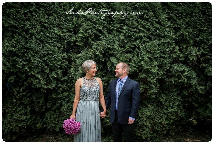 Bellingham wedding photographer Seattle wedding photographer Bellingham elopement photographer backyard elopement photos Anda Photography_0007