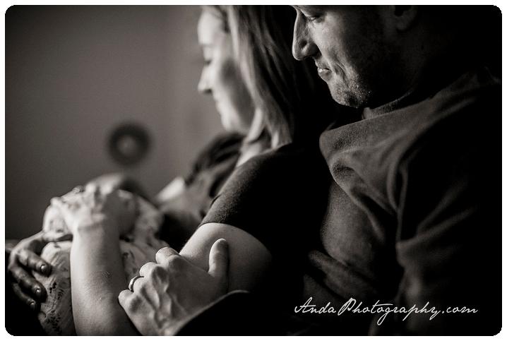 Bellingham newborn photographer Seattle newborn photographer Bellingham lifestyle newborn photography in home newborn photography_0006