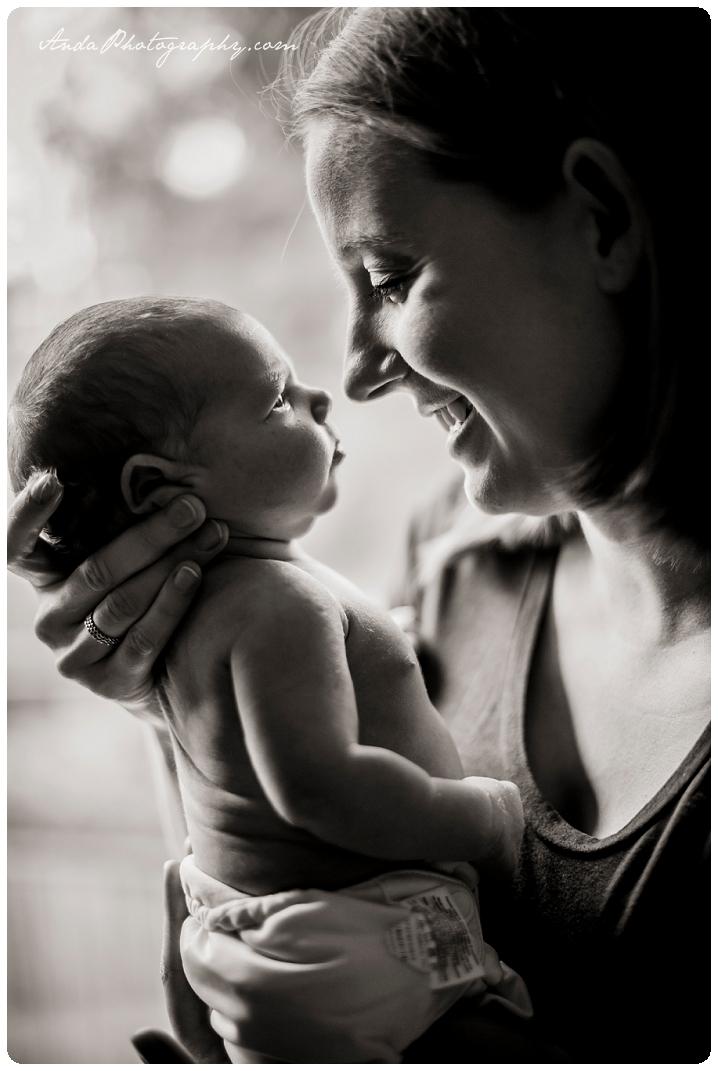 Bellingham newborn photographer Seattle newborn photographer Bellingham lifestyle newborn photography in home newborn photography_0021