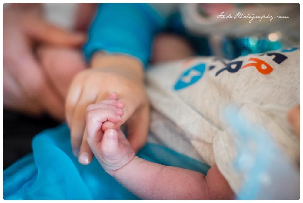 Anda Photography Bellingham lifestyle newborn photographer In home newborn photography_0003