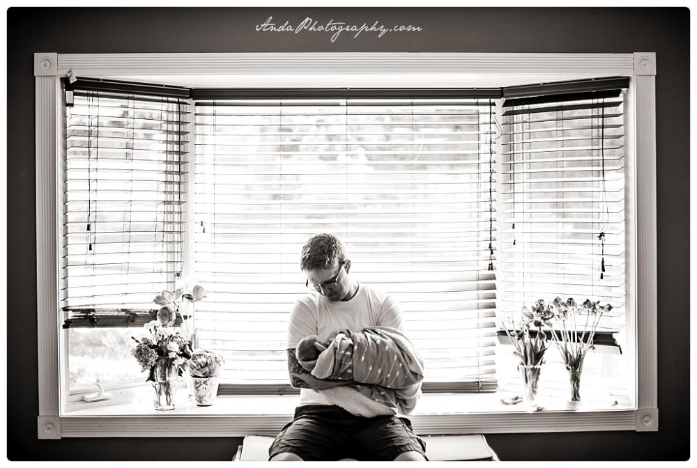 Anda Photography Bellingham lifestyle newborn photographer In home newborn photography_0007