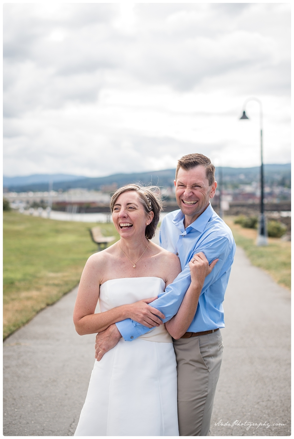 Anda Photography Bellingham wedding photographer seattle wedding photographer lifestyle wedding photographer Zuanich Park wedding Little Squalicum Boathouse wedding_0011