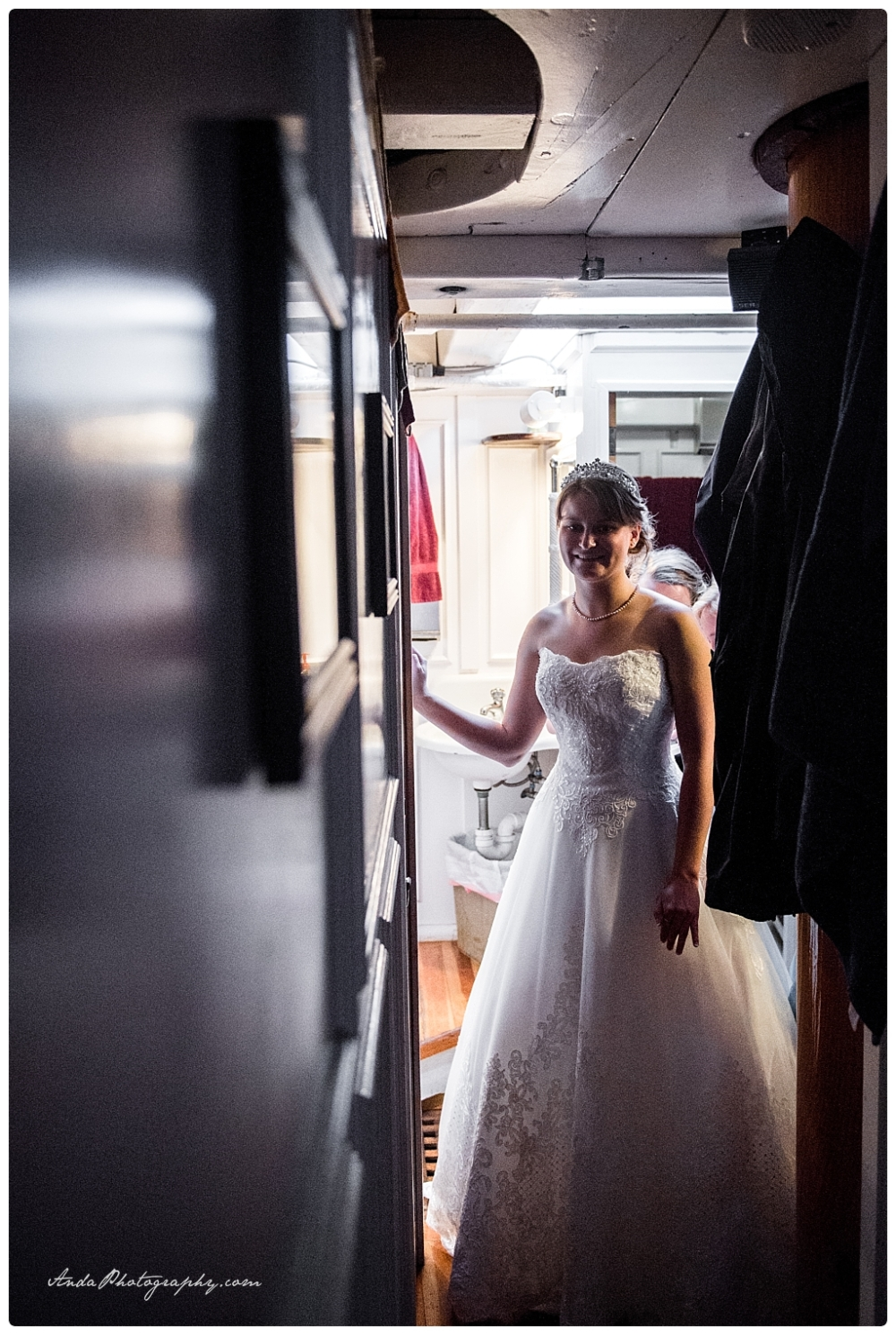 Anda Photography Bellingham wedding photographer seattle wedding photographer Schooner Zodiak Wedding photos_0021