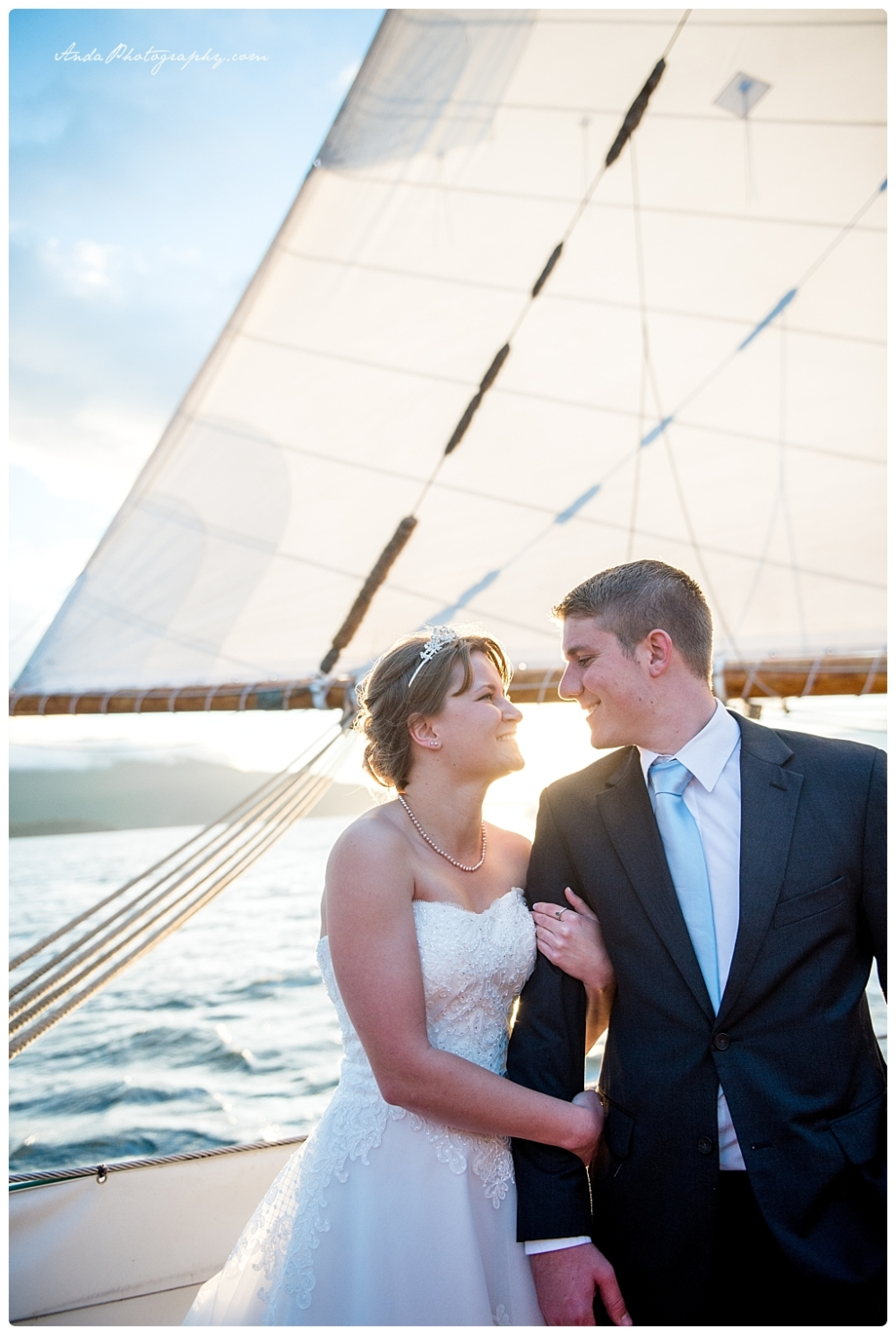 Anda Photography Bellingham wedding photographer seattle wedding photographer Schooner Zodiak Wedding photos_0029