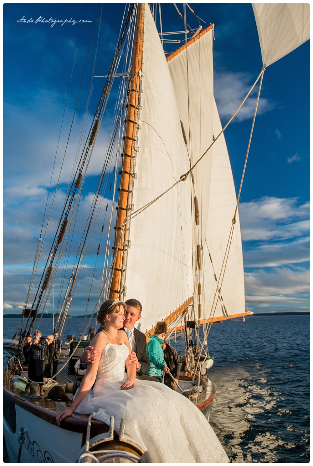 Anda Photography Bellingham wedding photographer seattle wedding photographer Schooner Zodiak Wedding photos_0033