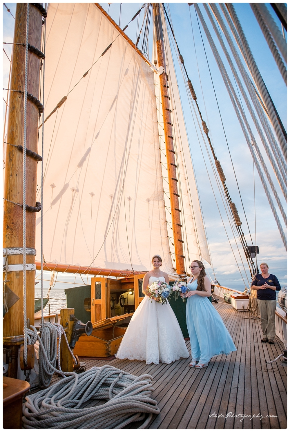 Anda Photography Bellingham wedding photographer seattle wedding photographer Schooner Zodiak Wedding photos_0036