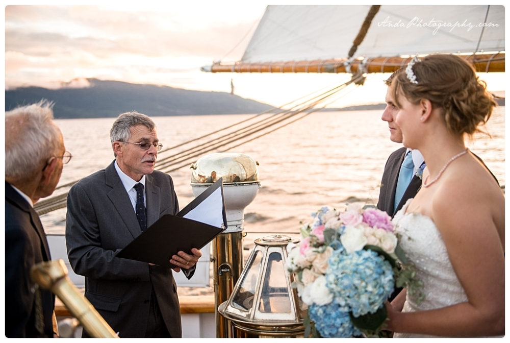 Anda Photography Bellingham wedding photographer seattle wedding photographer Schooner Zodiak Wedding photos_0043