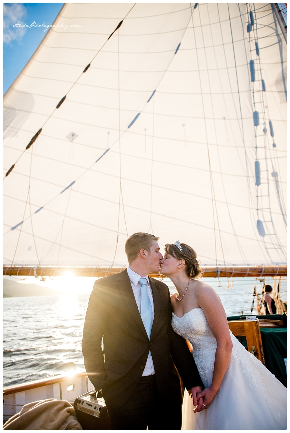 Anda Photography Bellingham wedding photographer seattle wedding photographer Schooner Zodiak Wedding photos_0054