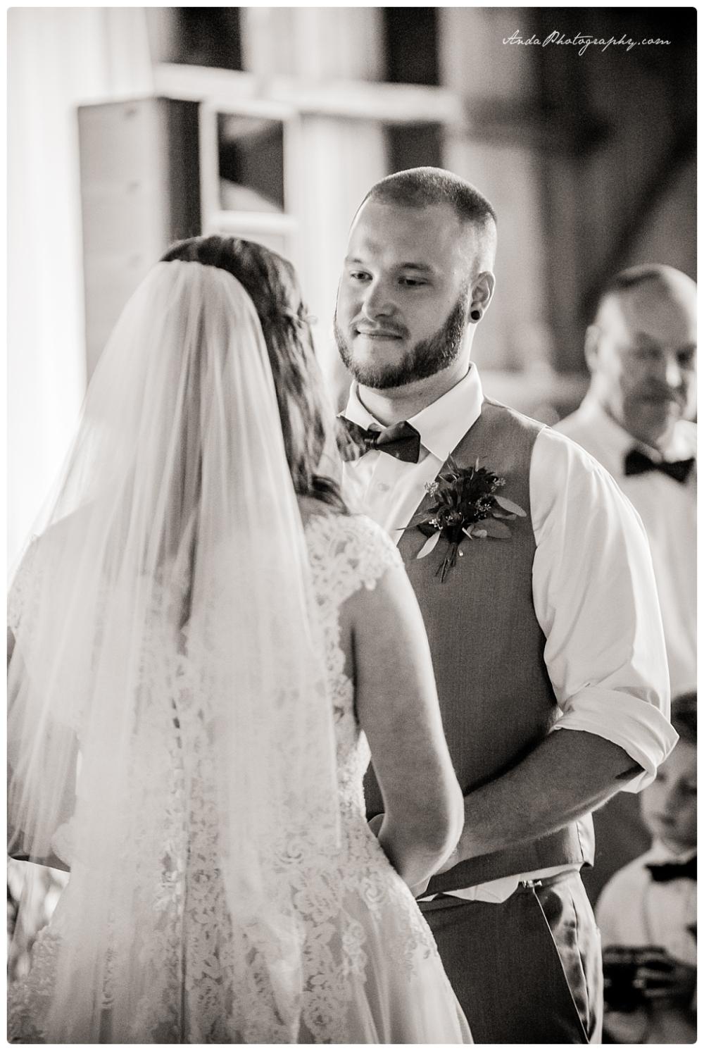 Anda Photography Bellingham wedding photography Bellingham lifestyle wedding photographer Maplehurst Farms_0059