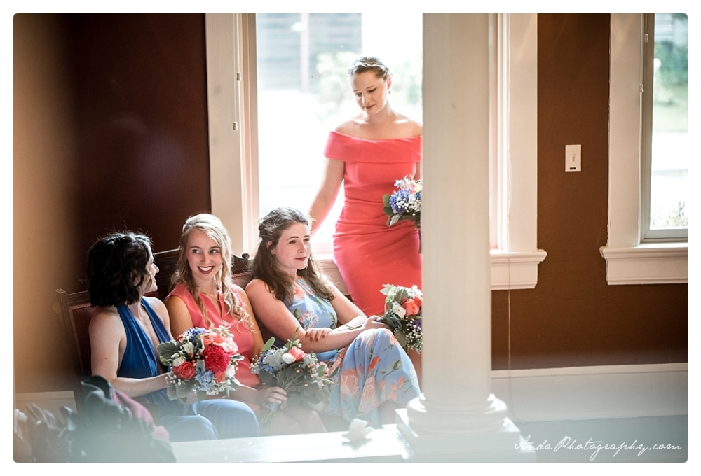 Anda Photography Bellingham wedding photographer Broadway Hall Wedding lifestyle wedding photographer Seattle Wedding Photographer_0007a