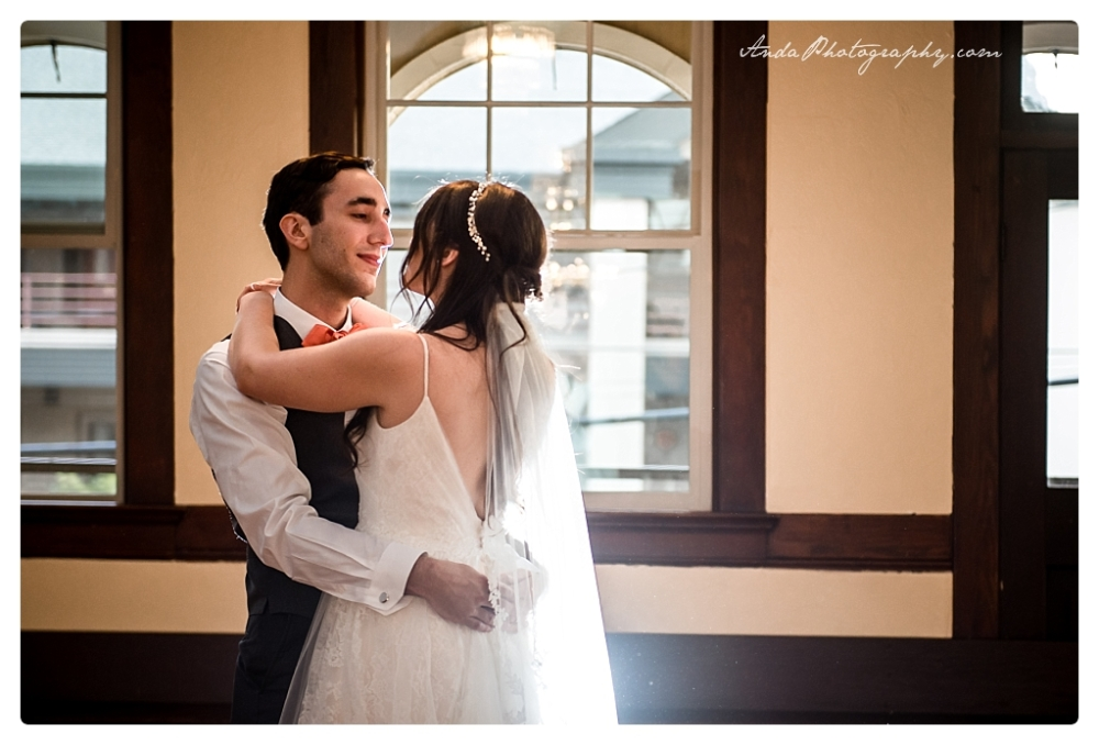 Anda Photography Bellingham wedding photographer Broadway Hall Wedding lifestyle wedding photographer Seattle Wedding Photographer_0073