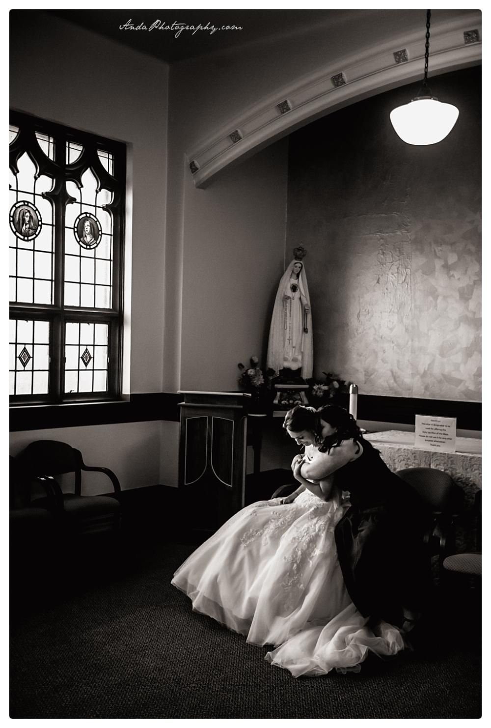 Anda Photography Bellingham wedding photographer Bellingham Yacht Club Wedding lifestyle wedding photographer Seattle Wedding Photographer_0017