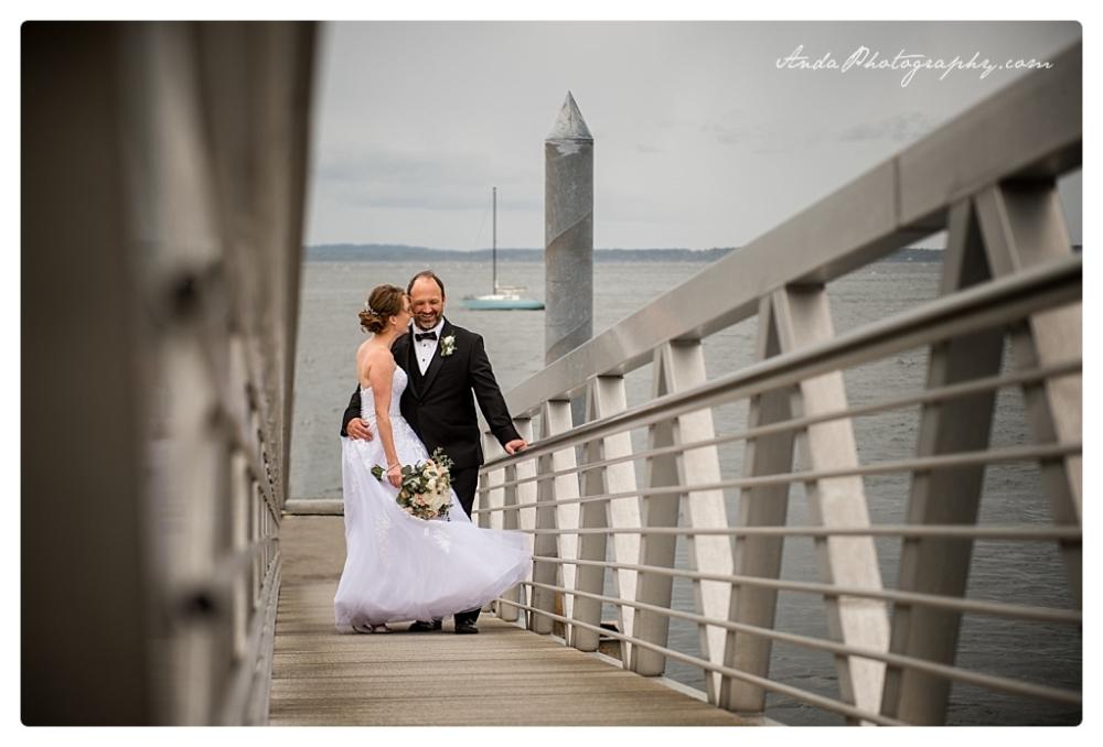 Anda Photography Bellingham wedding photographer Bellingham Yacht Club Wedding lifestyle wedding photographer Seattle Wedding Photographer_0051