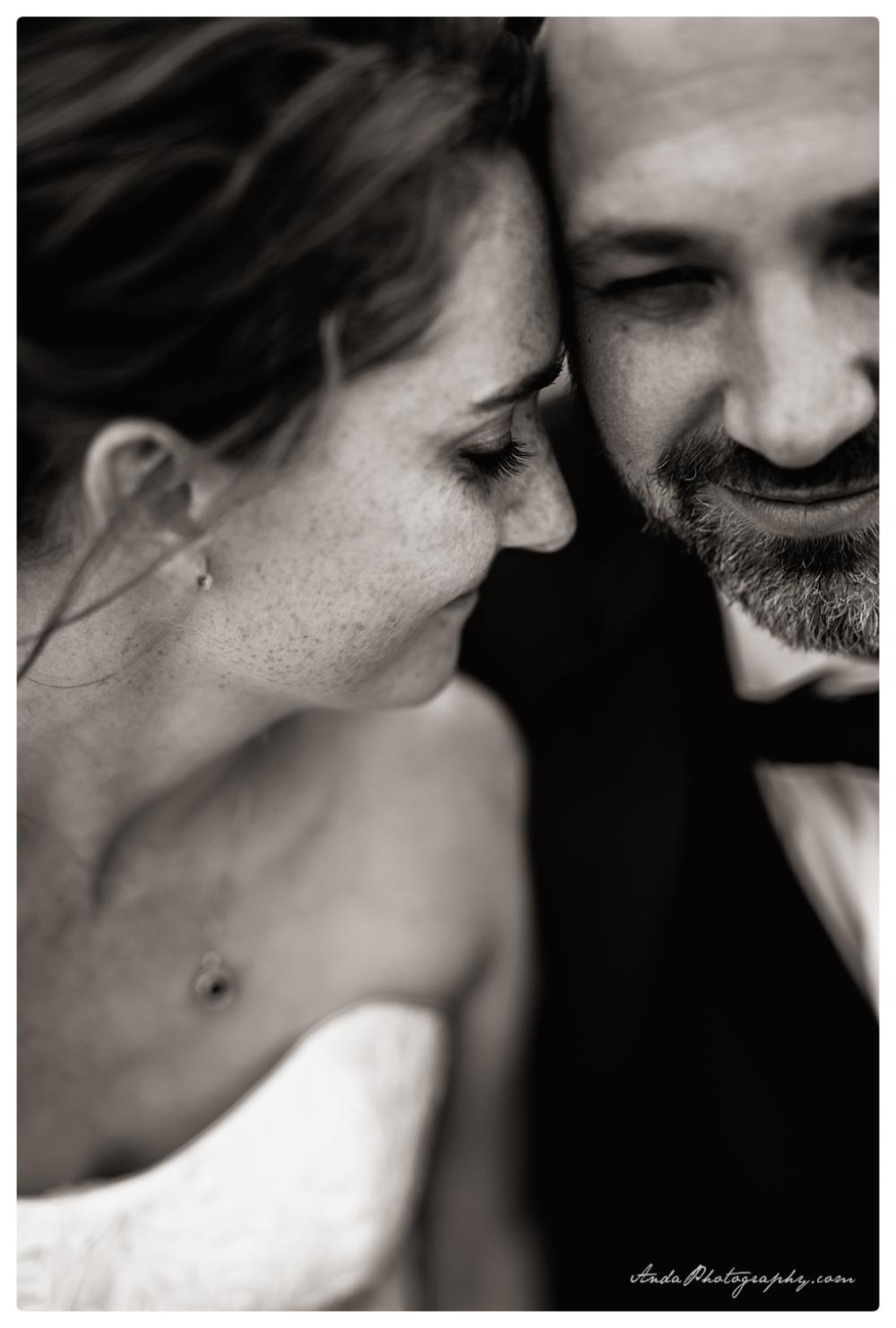 Anda Photography Bellingham wedding photographer Bellingham Yacht Club Wedding lifestyle wedding photographer Seattle Wedding Photographer_0065